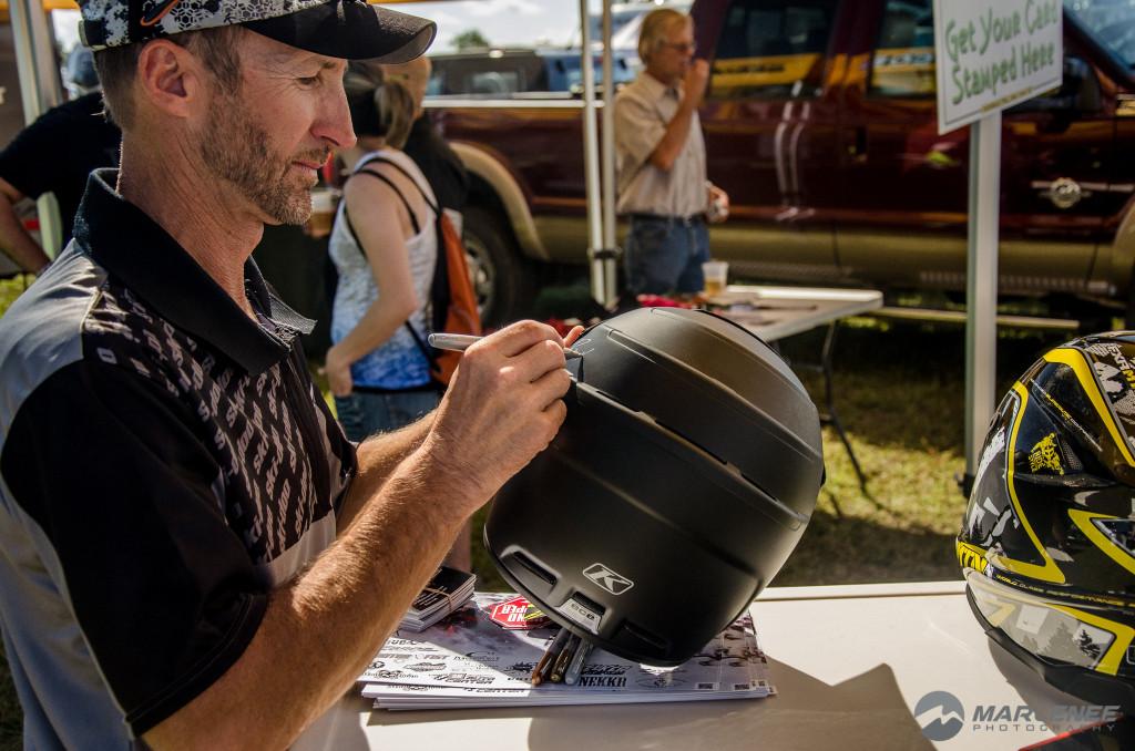 Bret Rasmussen signing a Klim helmet