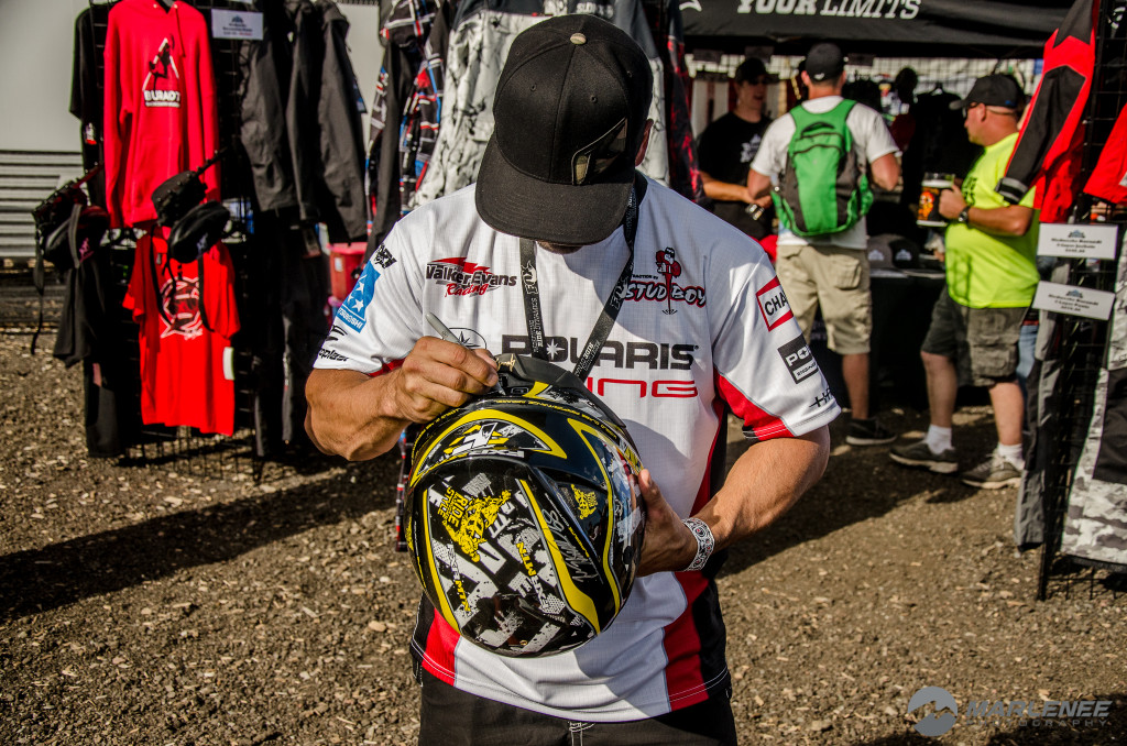 Cole Willford signs FXR Helmet