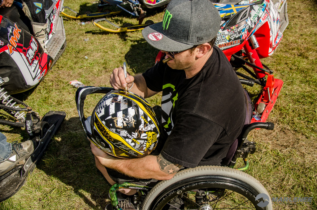 Paul Thacker signs FXR Helmet